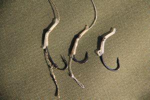 TB Line Aligner Maskovací červ na háček 10 ks Gravel